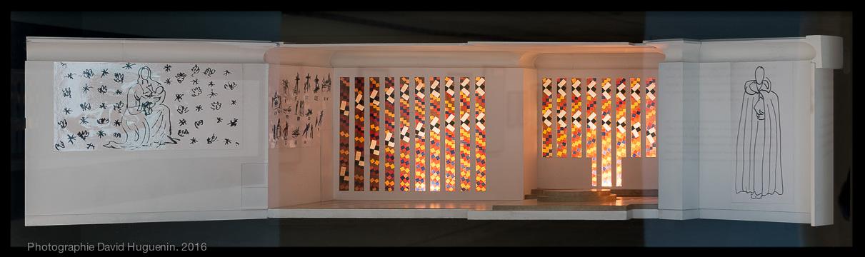 Maquette, réalisée par Marisse,  de la première version non réalisée des vitraux.